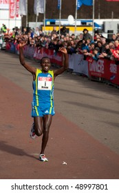 THE HAGUE - MARCH 14: Patrick Makau celebrates after winning the City Pier City Loop 2010, half marathon March 14, 2010 in the Hague, The Netherlands