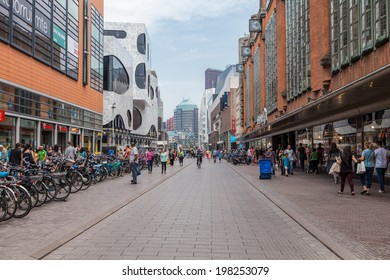 HAGUE, NETHERLANDS - 10th of June 2014: Shopping street close to the Spui on 10th of June 2014 in HAGUE, NETHERLANDS
