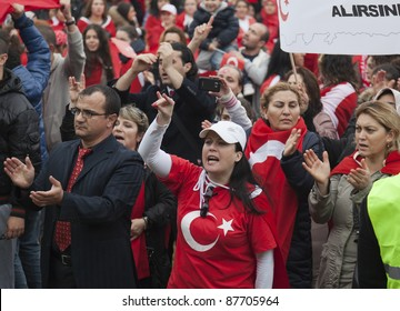 THE HAGUE - OCTOBER 30: Unidentified Turkish men and women protesting against the Kurdistan Workers Party (PKK) on October 30, 2011 in The Hague, The Netherlands.