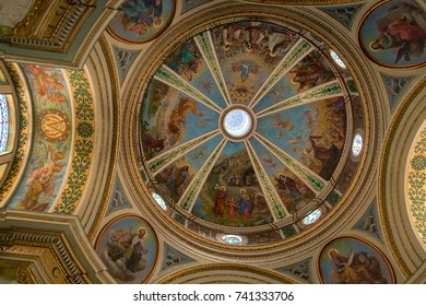 HAIFA, ISRAEL - JULY 17, 2008:  View on Stella Maris church of Carmelite monastery interior with dome painted by icons on July 17, 2008 in Haifa.