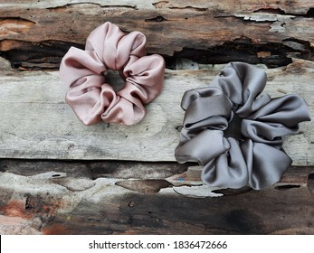 hair accessories made of 100% silk color match the brittle wood which looks aesthetically pleasing