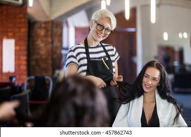 Hair Salon Consultation Images, Stock Photos & Vectors | Shutterstock