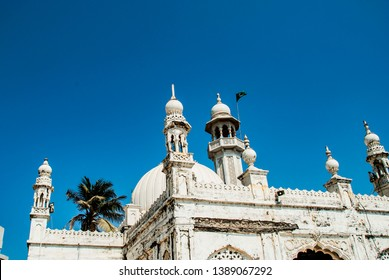 The Haji Ali Dargah, a famous tomb and a mosque in Mumbai