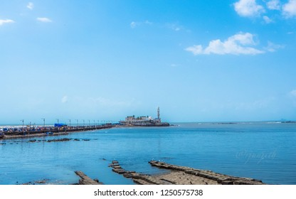 The Haji Ali Dargah is a mosque and dargah (tomb) located on an islet off the coast of Worli in the southern part of Mumbai.
