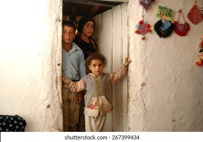 HAKKARI, TURKEY - APR  23: Kurdish families living in Hakkari on April  23, 2006 in Hakkari, Turkey.