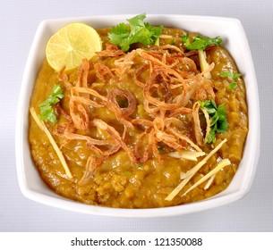 Haleem in White Dish Top-2