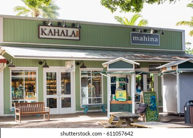 Haleiwa Town, HI: September 27, 2016: Local store in the town of Haleiwa. Hawaii is the 50th state.