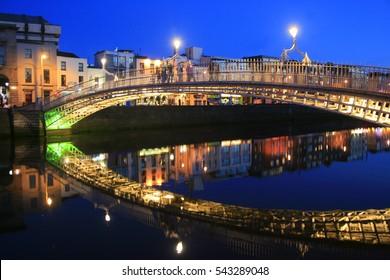 Half penny Bridge at dusk, Dublin, Ireland