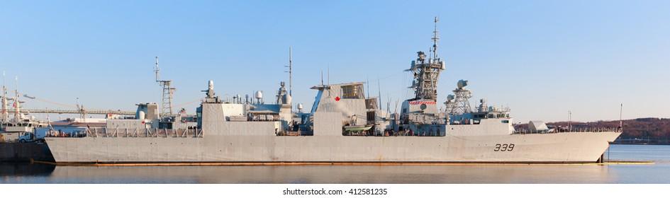 Royal Canadian Navy Frigates Images, Stock Photos & Vectors