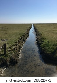 The Hallig Hooge is a small marsh island in the North Sea. It is part of the German wadden sea and belongs therefore to the world natural heritage. The landscape consists of ditch and marsh lands.