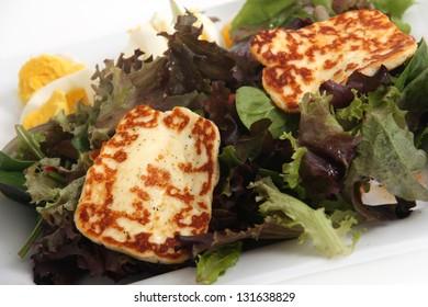 halloumi cheese on salad