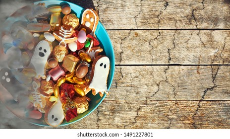 Halloween Jack o Lantern candy bowl  with candy and halloween cookies Trick or Treat