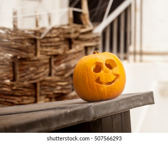 Halloween in London, England. Halloween is not a traditional celebration in London. The celebration of it has been introduced by ex-pat Americans. Still Londoners have begun to embrace the festival.
