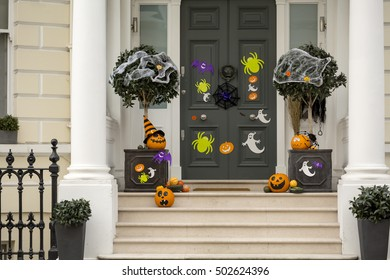 Halloween in London. Halloween was never followed in England as manically as in the USA but there is a growing following of the holiday due to the influence of the expat families that now live here.