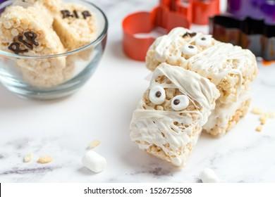 Halloween theme homemade marshmallow crispy rice treat in bar form