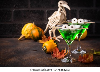 Halloweens spooky drink green martini cocktail for party