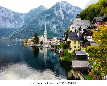 Hallstatt sideview with mountain