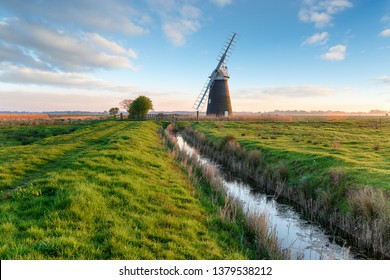 Halvergate Windmill near Great Yarmouth in the Norfolk Broads, also known as Mutton's Mill