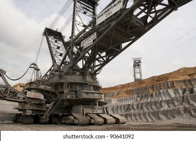 HAMBACH, GERMANY - SEPTEMBER 1, 2010: One of the world's largest excavators digging brown-coal (240,000 cubic metres per day) in one of the deepest open-pit mines in Hambach on September  1, 2010