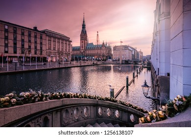 Hamburg at the Alsterarkaden with a view to the town hal market in the run-up to Christmas