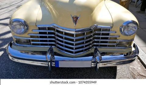 Hamburg, Germany, April 2018 Cadillac.  American Car Of The 1940s. Detail of the Model 62 Coupe Yoga Mat, 1947. Rarity !   grille, bumper, emblem, hood ornament, close-up