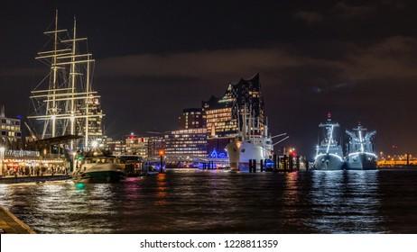 Hamburg Port in the evening, lights