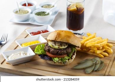 hamburger with potato and cola