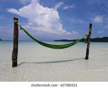 Hammock over the sea, Cambodia