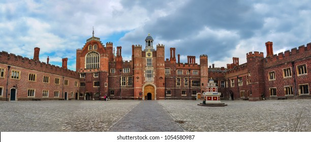 Hampton Court Palace, Richmond, London, UK