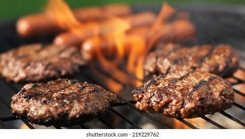 hamuburgers and hotdogs cooking panorama