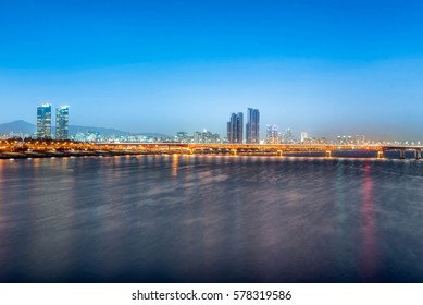 Han river with Seongsu Bridge at night in Seoul city,South Korea.