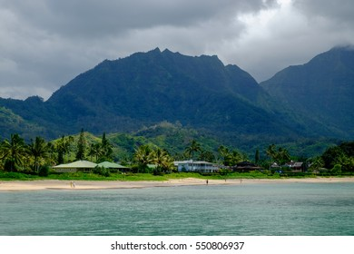 Hanalei Bay in Kauai, Hawaii, USA