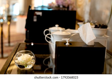 Hand cleaning equipment Alcohol gel And tissue paper In hotel For service and prevention of COVID-19.