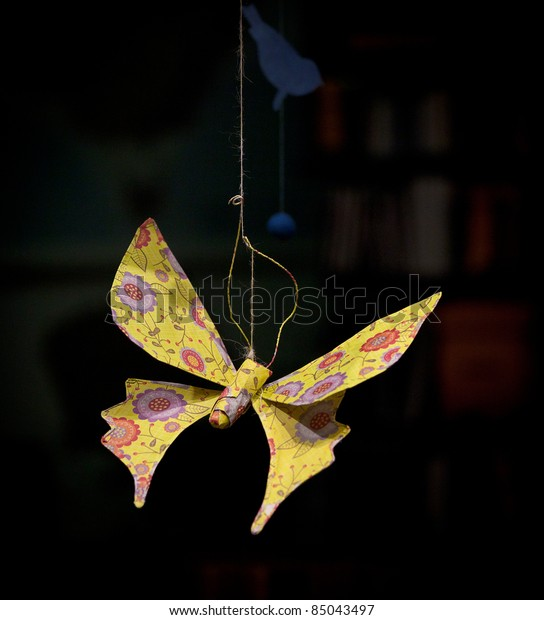 Make a '3 minute origami butterfly'   The Kid Should See This   620x544