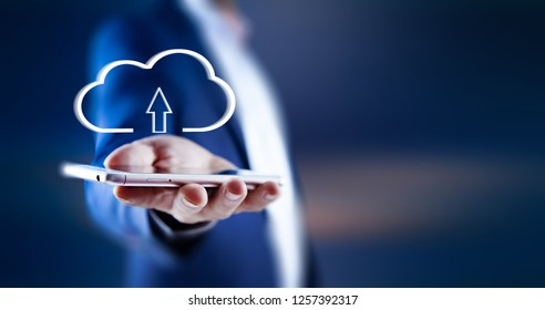Hand drawn cloud receiving datas from mobile phone