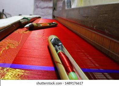 Hand loom silk sarees weaving process materials thread with silk