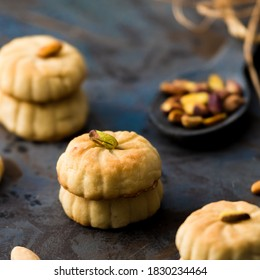 hand made Arabic sweets, oriental sweets, stuffed with pistachios, stuffed with dates