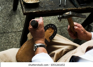 hand making of custom shoes