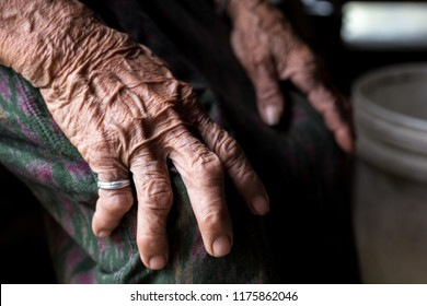 hand of old woman no.4, wrinkle skin