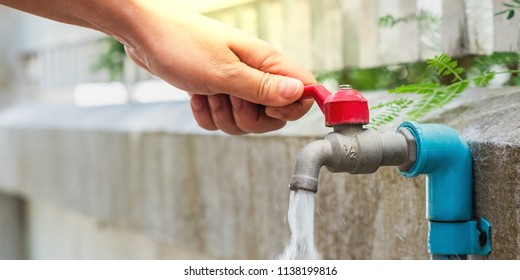 hand open for drinking tap water