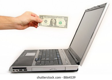 the hand is paying for shoping online