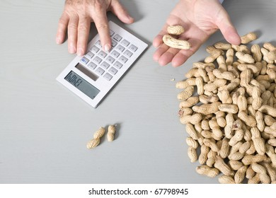 Hand with peanuts