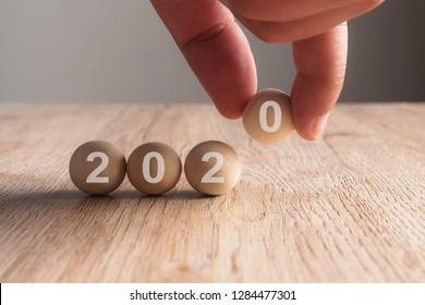 Calendario Word 2020.Fotos Imagenes Y Otros Productos Fotograficos De Stock