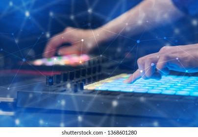 dj with laptop Images, Stock Photos & Vectors | Shutterstock