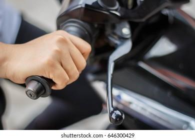 Hand throttle accelerator.