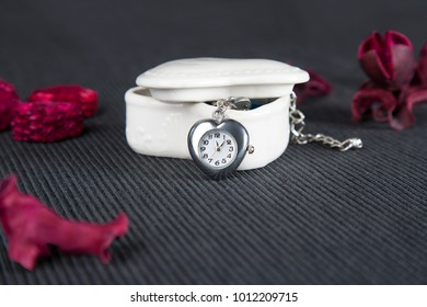 A hand watch with decorative jewelry box. It's time for love.