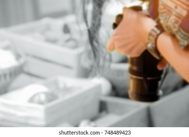 hand  woman holding the camera take photography  soft blurred for background