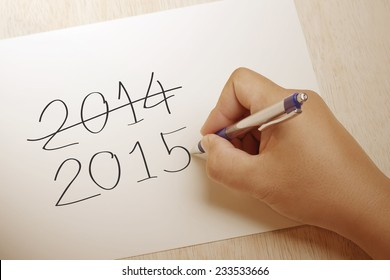 Hand writing 2015 on paper