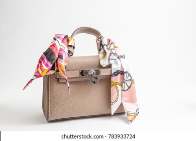 an handbag for all women or a purse fot all girls