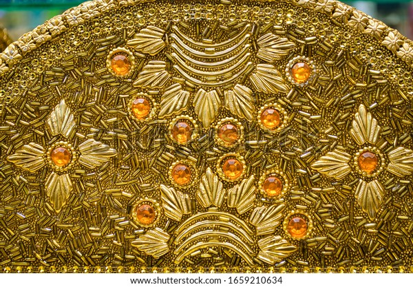 handcrafted-gold-covered-jewellery-box-6